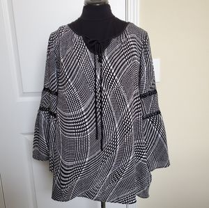 Avenue Black & White Blouse
